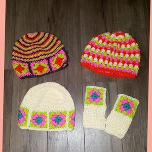 4 NEW pieces as e crochet hats+ 1 pair gloves